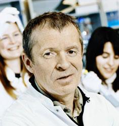 Professor Henrik Clausen