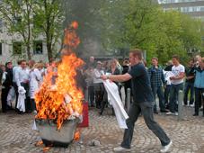 Kittelafbrænding baner vejen for bachelorprojekt