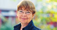 Dekan Kirsten Refsing fratræder 1. august 2011.