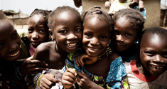 Børn i Malawi. Foto: BØRNEfonden, fotograf Ditte Valente