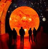 Udstillingen VERDENSRUMMET bliver en vandring fra solen forbi de forskellige planeter med kurs mod den yderste kant af vores solsystem. Illustration: Statens Naturhistoriske Museum/Birgitte Rubæk og NASA.